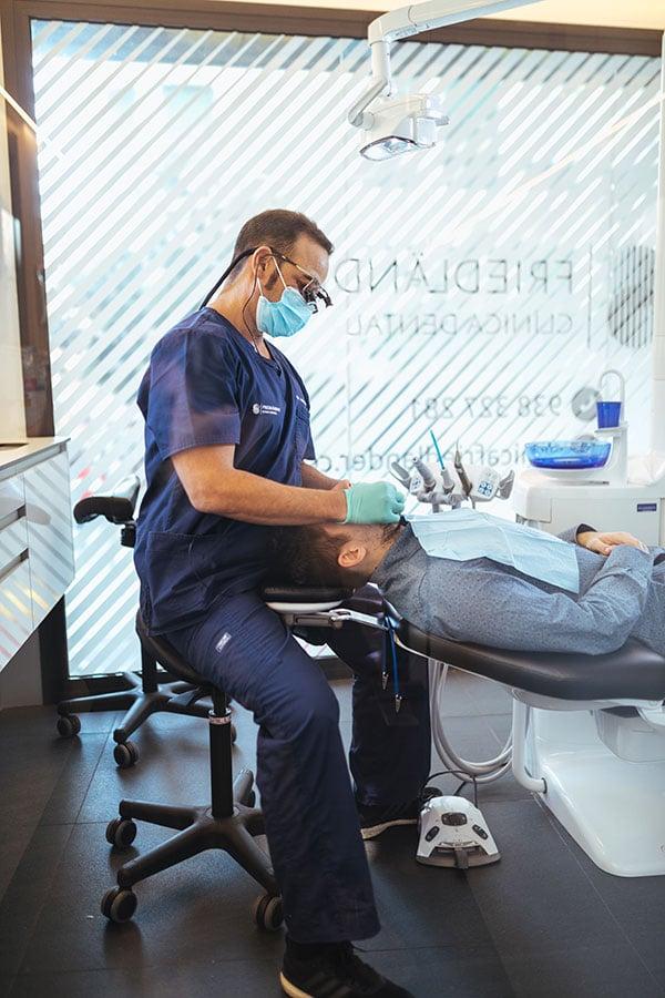Implantes dentales y regeneración osea 5